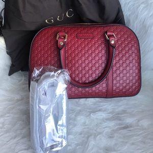 Authentic NEW Gucci Leather Guccissima bag